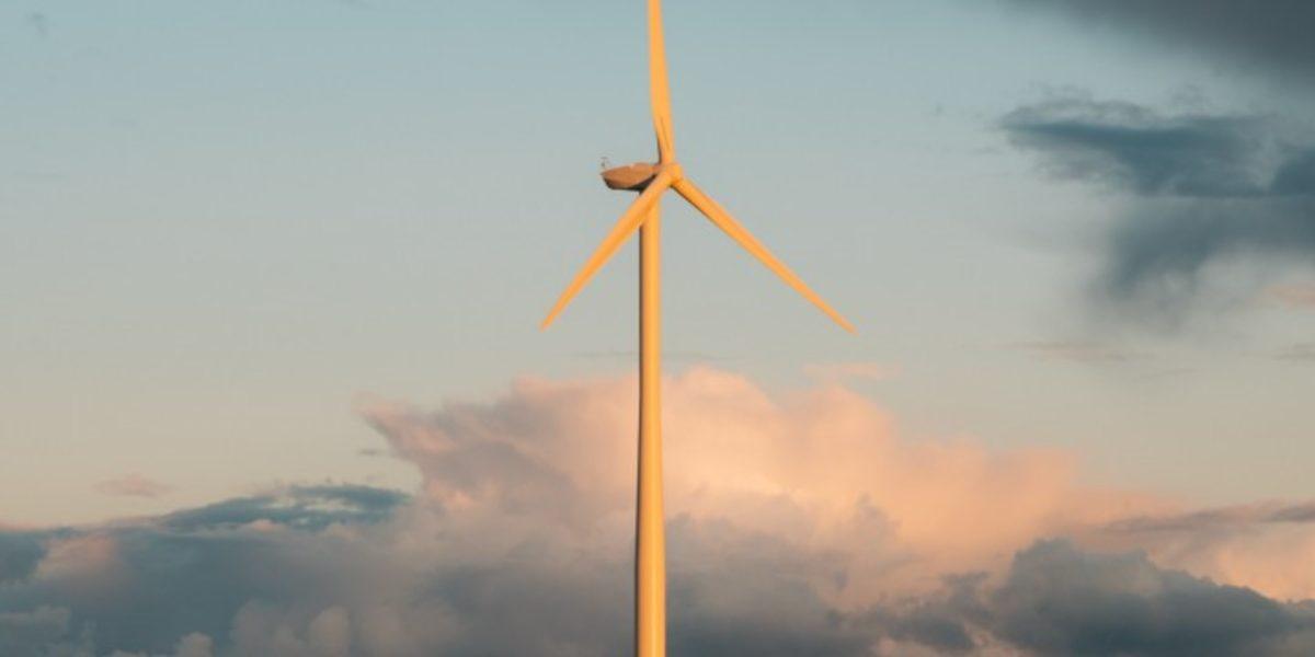 Medición en tiempo real del funcionamiento de turbinas eólicas